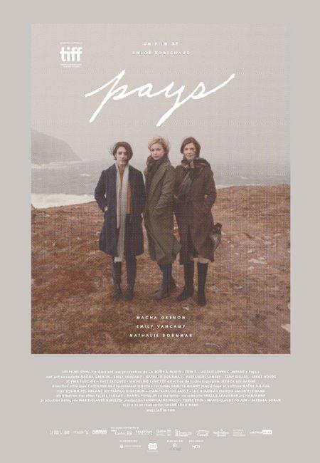 Affiche du film Pays de Chloé Robichaud