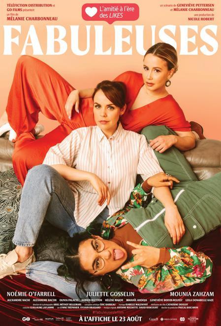 Affiche de la comédie Fabuleuses de Mélanie Charbonneau (les trois jeunes filles posent sur un fond couleur saumon et un graphisme rappelant les magazines de mode)