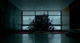 Brain Freeze, le mur de chaises - crédit Lou Scamble