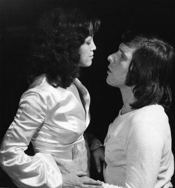 """Frédérique Collin et Pierre Curzi dans """"Les allées de la terre"""" d'André Théberge (Collection Cinémathèque québécoise)"""