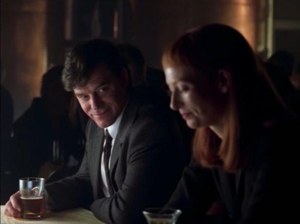 La rencontre de Joyce (Tilda swinton) et Georges (Tom McCamus) - Image extraite du film Possible Worlds de Robert Lepage (capture d'écran)