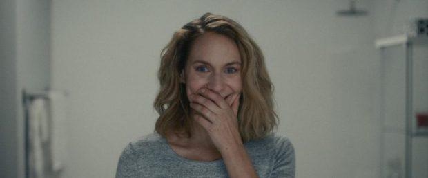 """Image de l'actrice Léane Labrèche-dor dans le film """"Le rire"""" de Martin Laroche"""